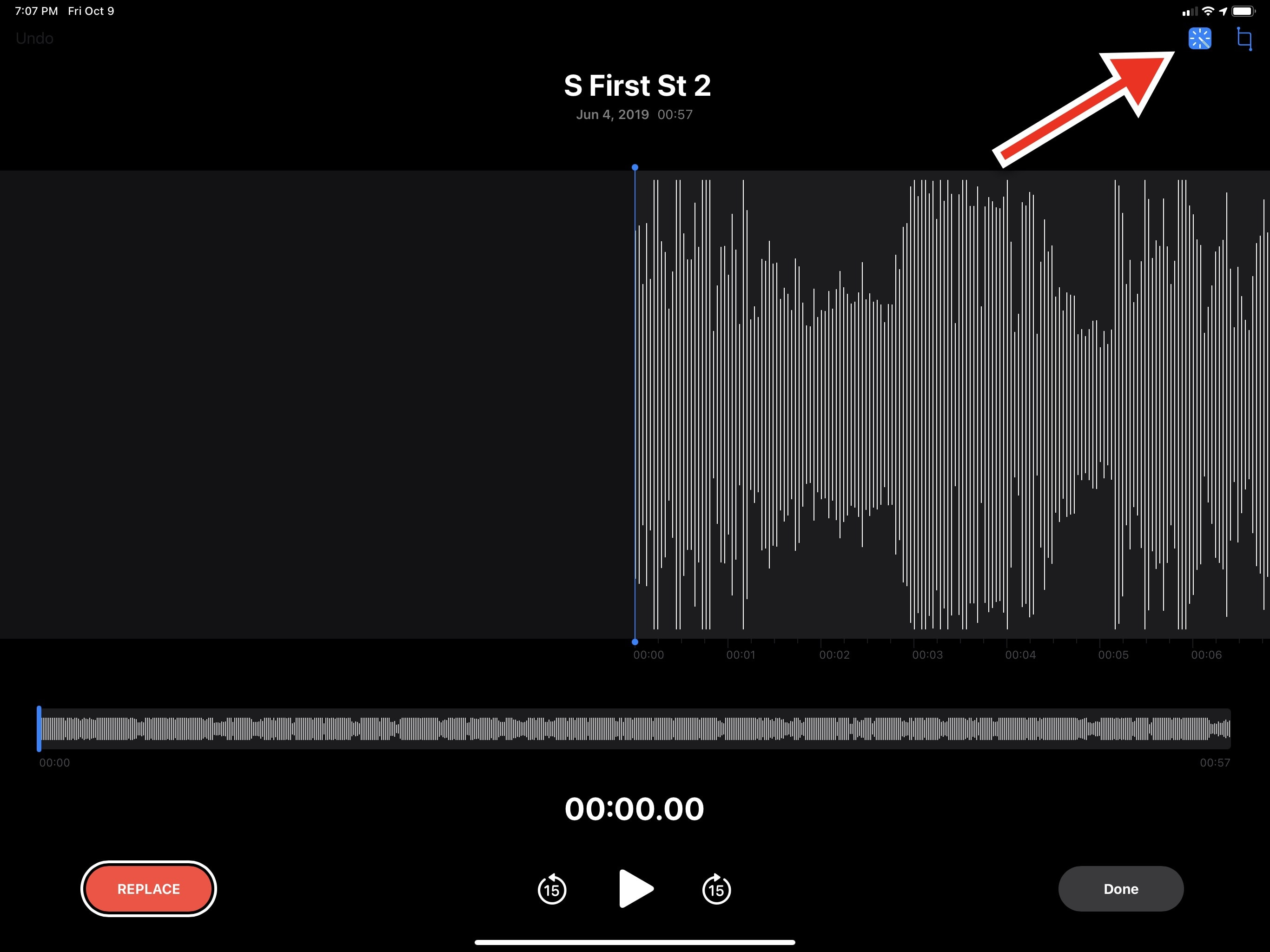 Tap this button to enhance the audio quality of a recording in Voice Memos.
